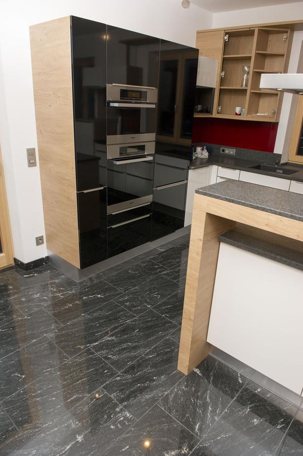 w4stone Küche Arbeitsplatte Bodenfließen